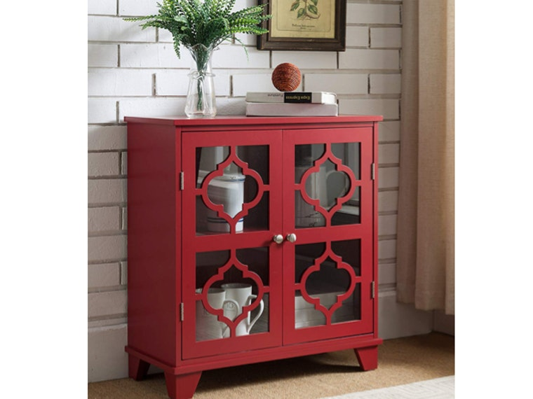 This fire-engine red console table 🚒
