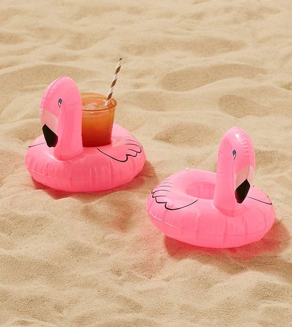 These pink flamingo drink holders for a very wet happy hour