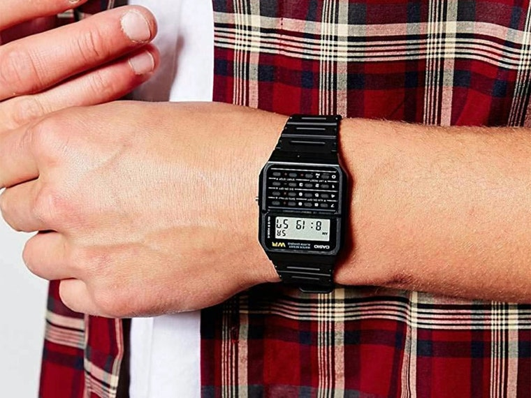 This calculator watch that pretty much everyone wore ⌚