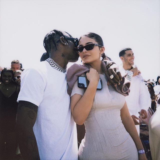 Best Kardashian Instagram Photos Today: Kylie Jenner and Blac Chyna