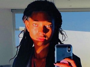 Biggest Celebrity Instagram Photos of the Day: Willow Smith and Vanessa Hudgens