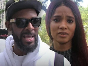 Gayle King and Ed Genson Share New Details About R. Kelly