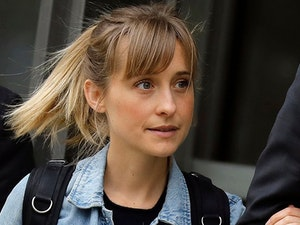 'Smallville' Star Allison Mack Pleads Guilty in Sex Cult Case