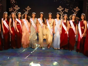 Photo of Miss India Finalists Sparks Controversy for Lack of Diversity