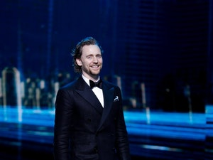 Tom Hiddleston Is Headed to Broadway