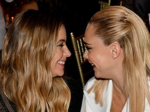 UM...Are Cara Delevingne and Ashley Benson Engaged? 😍😍😍