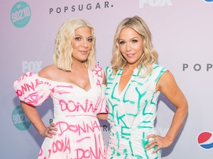 '90210' Stars Jennie Garth and Tori Spelling Plan National Tour: Get the Details!