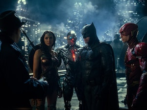 'Justice League' Stars Ben Affleck, Gal Gadot Want Warner Bros. to Release the Zack Snyder Cut